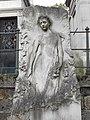 Père-Lachaise, Cast in stone (10192782154) (2).jpg