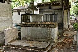 Tomb of Courson de la Villeneuve