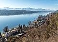 Pörtschach Gloriette-Blick auf Wörther See Techelsberg und Velden 31122017 2201.jpg