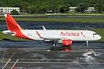 PR-OCM Avianca Brasil Airbus A320-200 - cn 6561 (19185259236).jpg