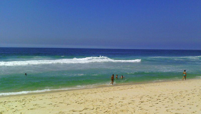 Praias vazias no Rio de Janeiro