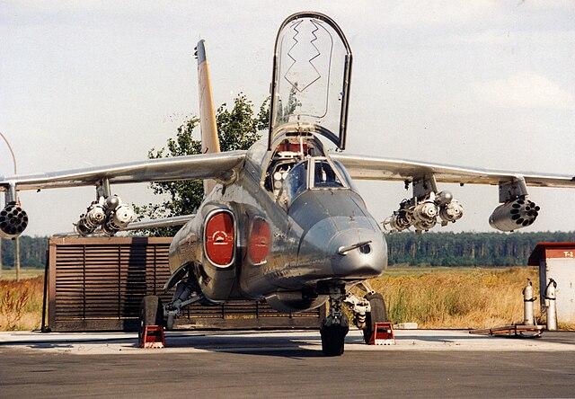 640px-PZL_I-22_IRYDA_samolot_zaawansowanego_szkolenia_i_lekki_samolot_wsparcia.jpg