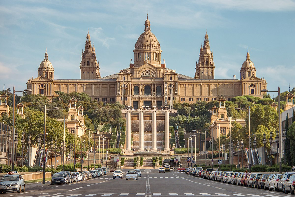 Palais national barcelone wikip dia for Architecte grand palais