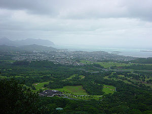 Nuʻuanu Pali - Looking north from the overlook at Kāne{{okina}}ohe town and Kāne{{okina}}ohe Bay beyond.