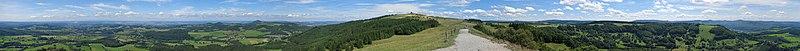 Panorama vom Pferdskopf (Rhön).jpg