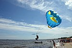 Parasailing at the beach of Sopot, Gdansk (3576).jpg