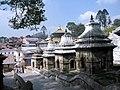 Pashupatinath ใกล้ๆสถานที่เผาศพ - panoramio.jpg