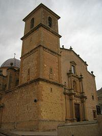 Penas de San Pedro iglesia.jpg