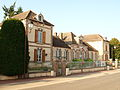 Perreux-FR-89-mairie-07.jpg