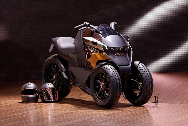 file peugeot concept scooter onyx mondial de l 39 automobile de paris 2012. Black Bedroom Furniture Sets. Home Design Ideas