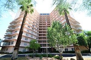 Del E. Webb Construction Company - Image: Phoenix Towers (2)