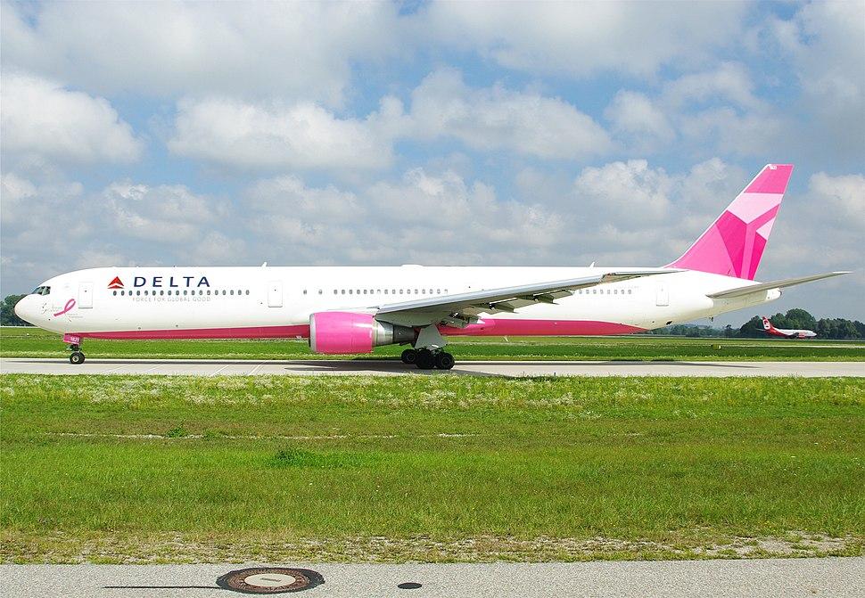 Pink Delta 767-400ER N845MH