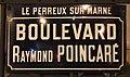 Plaque Boulevard Raymond Poincaré - Le Perreux-sur-Marne (FR94) - 2018-01-21 - 1.jpg