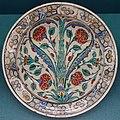 Plate, Iznik, Turkey, 1550-1600, faience - Germanisches Nationalmuseum - Nuremberg, Germany - DSC03230.jpg