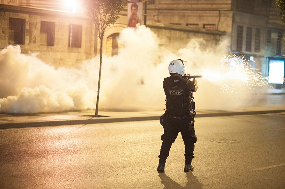 Police action during Gezi park protests in Istanbul. Events of June 16, 2013-6