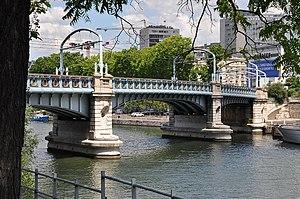 Pont Rouelle - Image: Pont Rouelle Paris 15e 003
