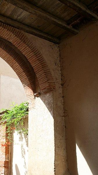 Porte Vauraise - vue du passage à l'interieur de la porte