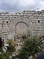 Porte du fort de Buoux.jpg