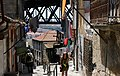 Porto-300-unterhalb Ponte Dom Luis I-Waesche-Dame-2011-gje.jpg