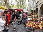 Poterie provençale au marché d'Uzès.jpg