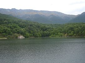 Casavieja wikipedia la enciclopedia libre for Piscinas naturales hornillo