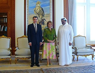 Hamad bin Khalifa Al Thani - Sheikh Hamad bin Khalifa with Crown Princess Margareta of Romania and her husband Prince Radu.