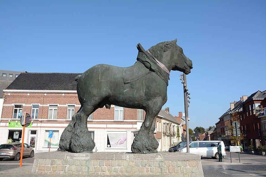 Prins, de Trots van Brabant door Koenraad Tinel, Lennik