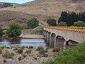 Puente de la RN 234 sobre el río Collón Curá.jpg