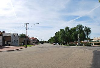 Quambatook - Guthrie St, the main street of Quambatook