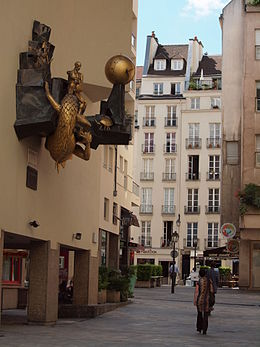 Quartier de lHorloge 11, Paris 30 July 2010.jpg