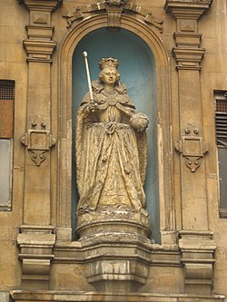 Queen Elizabeth I Statue, St. Dunstan-in-the-West, Fleet Street, London.jpg