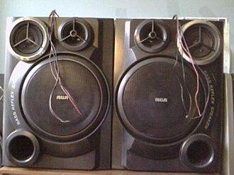 Bass reflex - RCA bass reflex shelf stereo speakers.