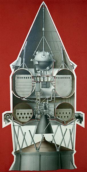 компоновка АМС Луна-1 с последней ступенью ракеты-носителя