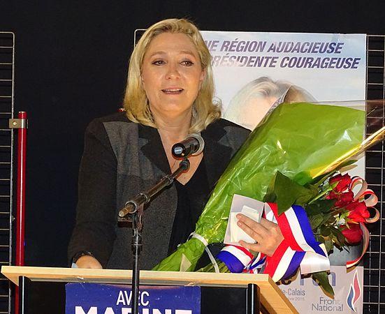 Raismes - Meeting de Marine Le Pen le 16 octobre 2015 sur l'élection régionale en Nord-Pas-de-Calais-Picardie (26).JPG