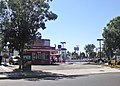 Rallys Hamburgers in Norwalk during Daylight hours.jpg