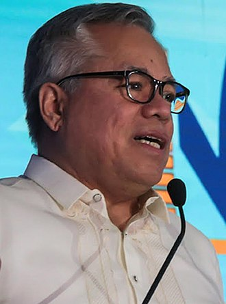 Secretary of Trade and Industry (Philippines) - Image: Ramon lopez cropped