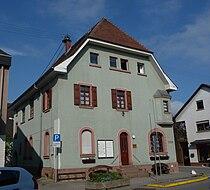 Rathaus Fussgoenheim 01.JPG