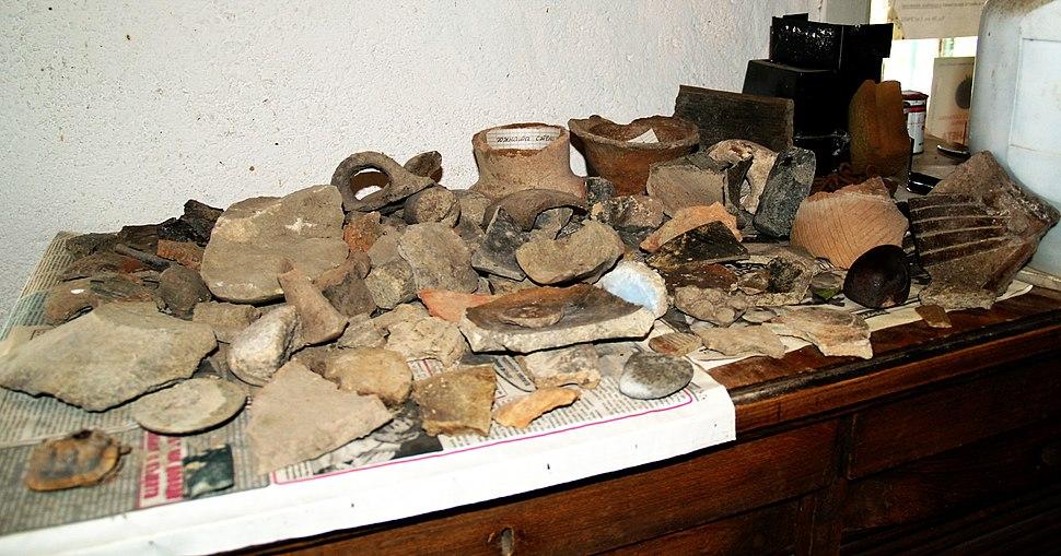 卡拉諾夫文化(英语:Karanovo culture)中發現的文物