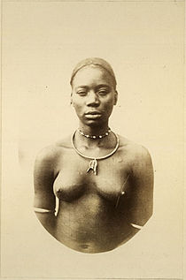 Richard Buchta - Mangbetu woman.jpg
