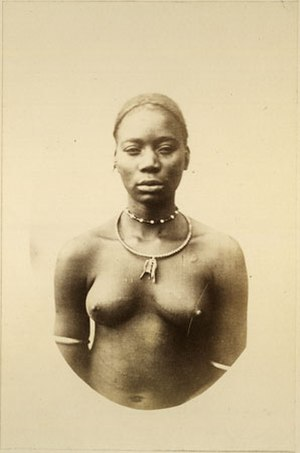 Mangbetu people - Mangbetu woman in the 19th century.