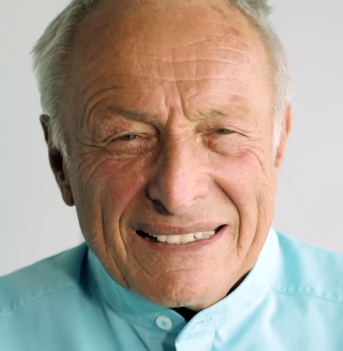 Richard Rogers talking about the Lloyd's building (London)