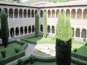 Santa Maria de Ripoll - The cloister.