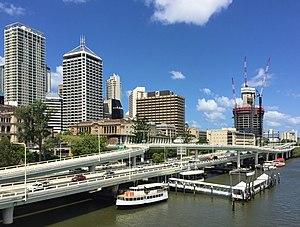 Riverside Expressway - Image: Riverside Expressway, Brisbane in Feb 2015 02