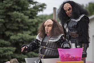 Gowron - Robert O'Reilly as Gowron and J.G. Hertzler as Martok, at the 2014 Trek Fest in Riverside, Iowa