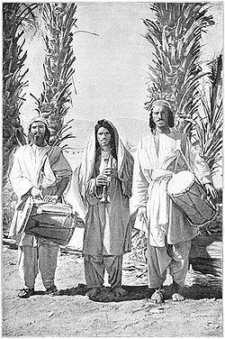 Rondreizende muzikanten in Beloetsjistan.jpg