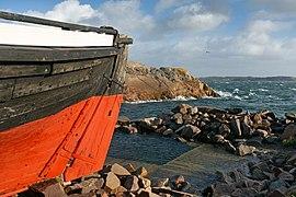 Rudder of fishing boat Frifararen at Vikarvet Museum 2.jpg