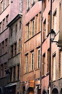 Rue du Bœuf street in Lyon, France