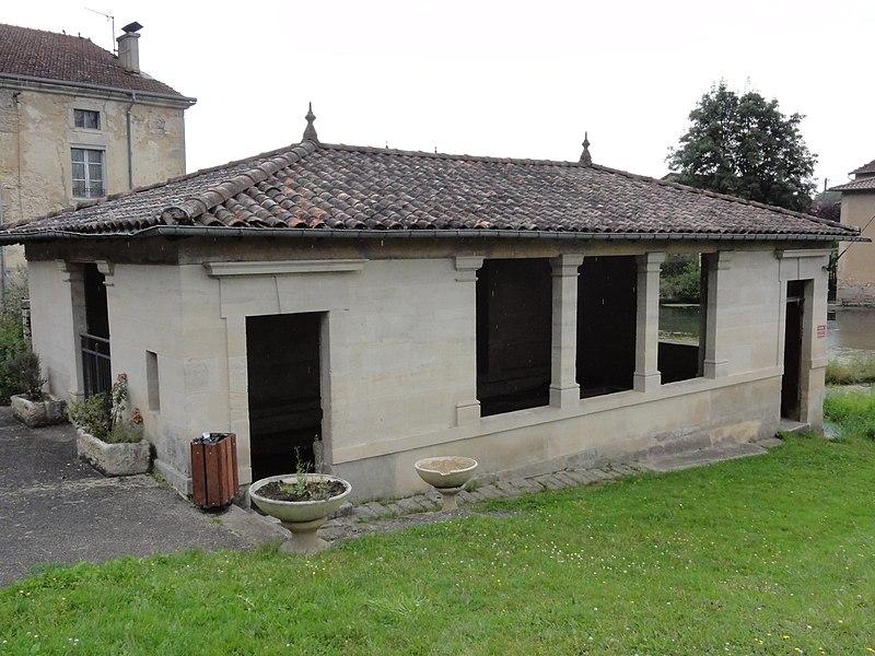 Rupt-aux-Nonains (Meuse) lavoir wash houses in Meuse