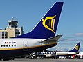 Ryanair B737-800 EI-EMA MAD.jpg