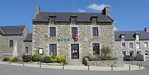 Saint-Carné - The town hall in Saint-Carné
